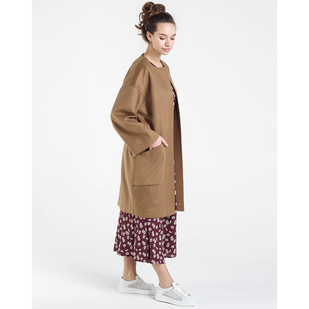 Шерстяное пальто оверсайз Shako коричневого цвета с широкими рукавами