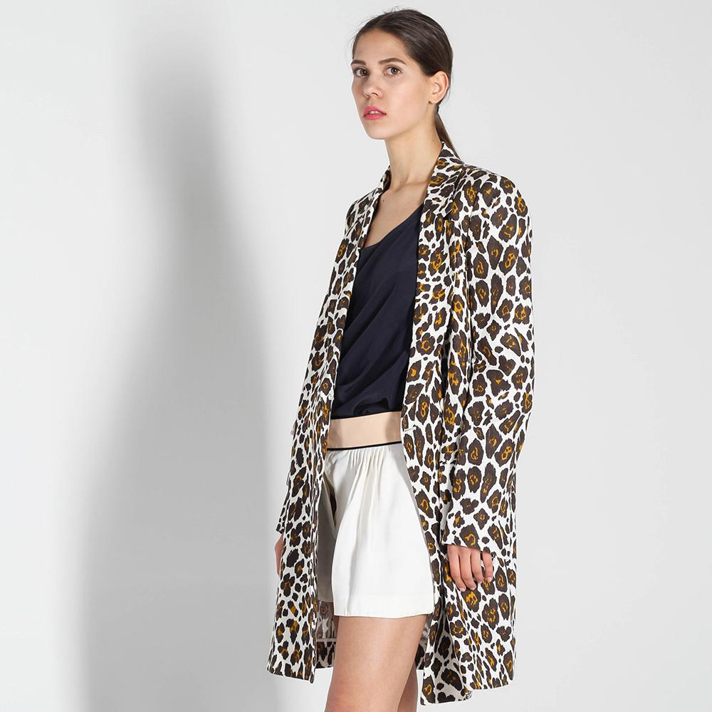 Льняная куртка Stella McCartney с анималистичным принтом