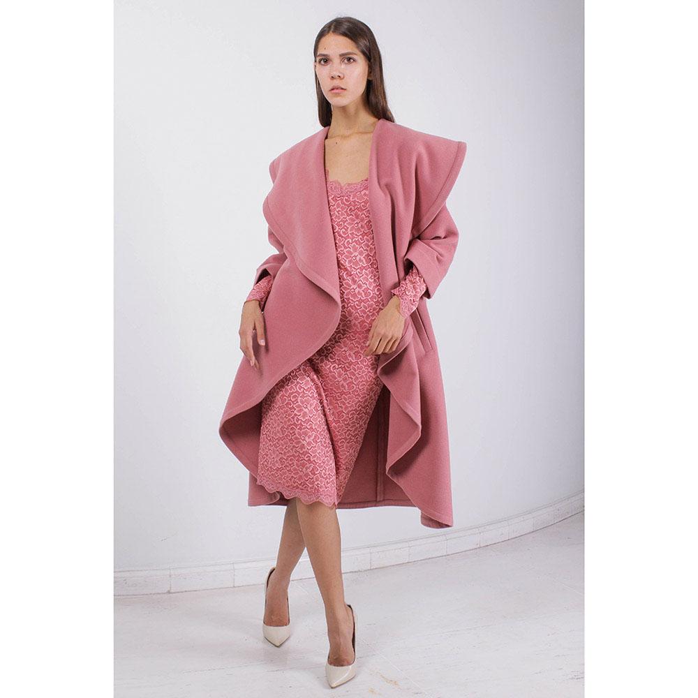 Пальто Plein SUD с объемным воротником розового цвета