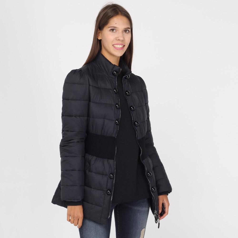 Стеганая куртка Emporio Armani черного цвета с широким поясом