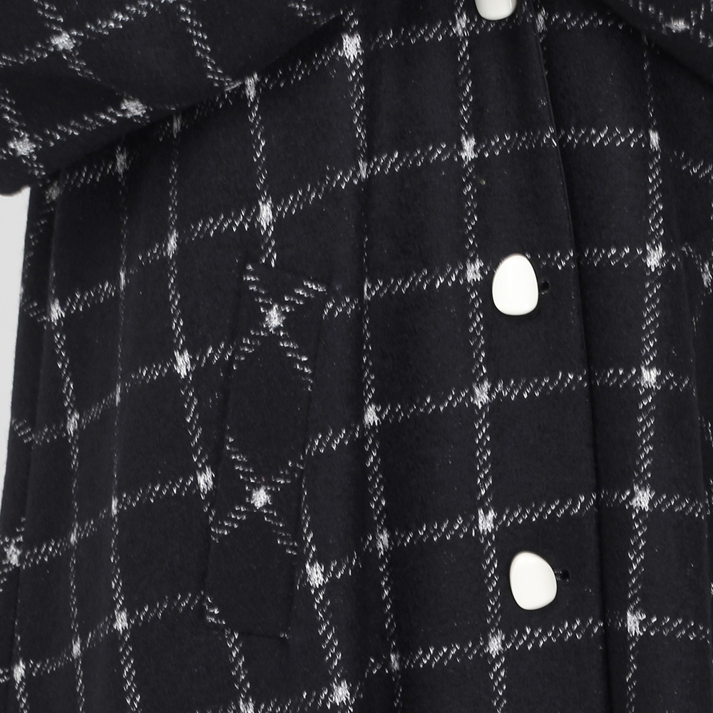Пальто-миди Emporio Armani черное в белую клетку