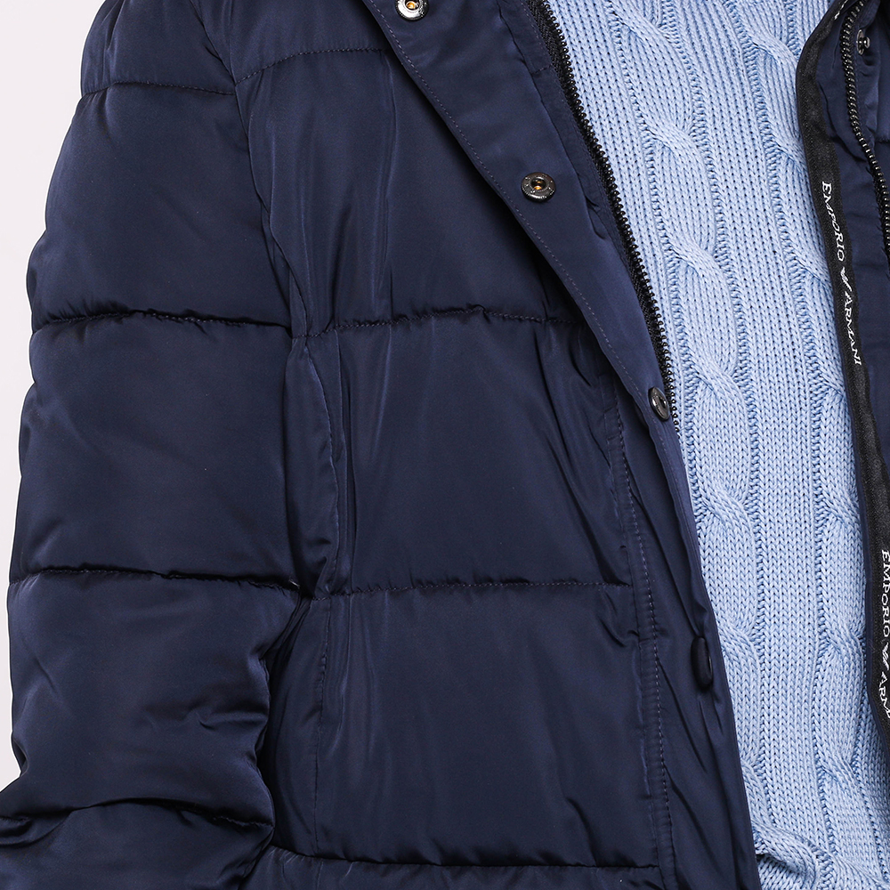 Темно-синяя куртка Emporio Armani с капюшоном