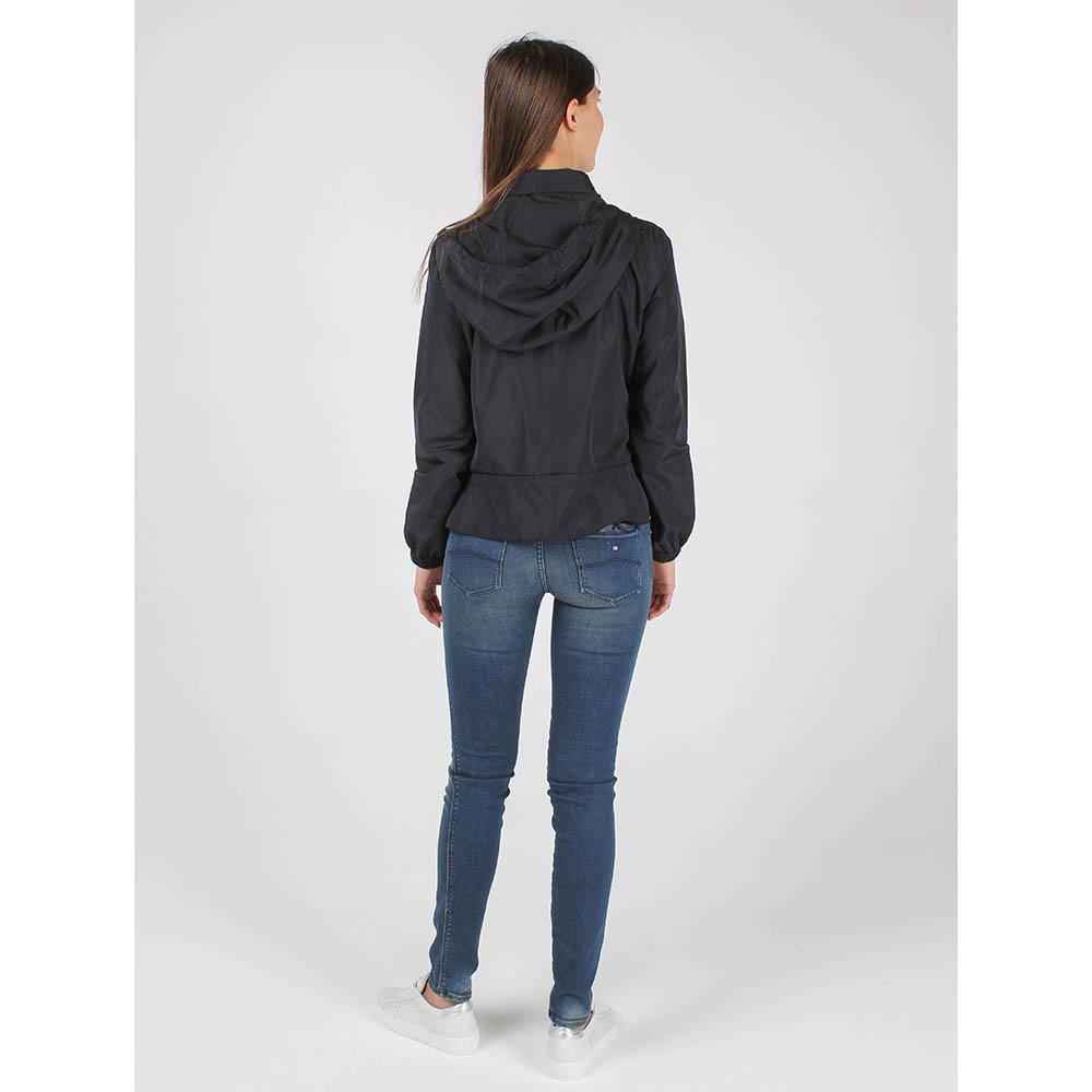 Куртка-ветровка Armani Jeans черного цвета