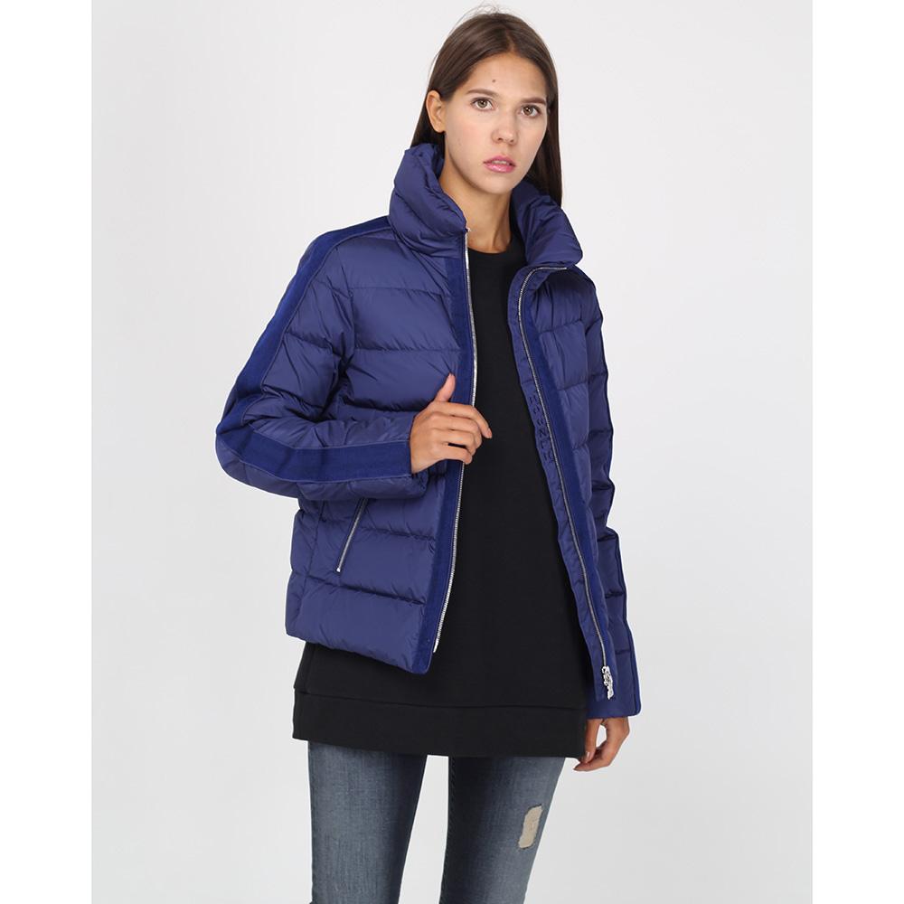 Короткая куртка Bogner синего цвета на молнии