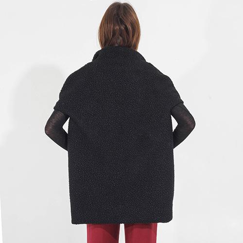 Черный жилет F&emme с коротким рукавом, фото
