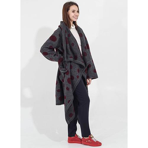 Серое пальто F&emme без застежки в бордовый горох, фото