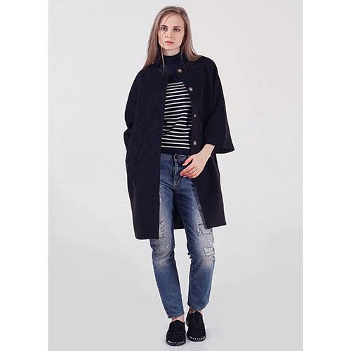 Пальто Rinascimento черного цвета с узором, фото