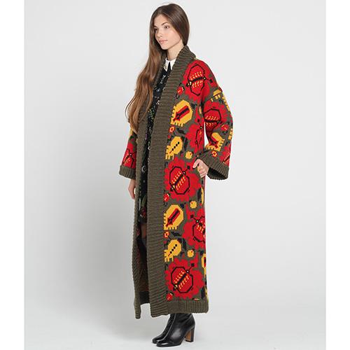 длинное вязаное пальто Nitka цвета хаки с яркими узорами купить