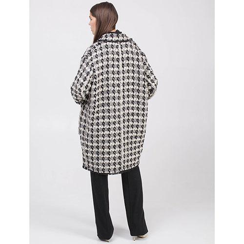 Буклированное пальто Rochas бежевое с черными орнаментами, фото