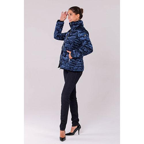 Синяя куртка Ea7 Emporio Armani с горизонтальной стежкой, фото