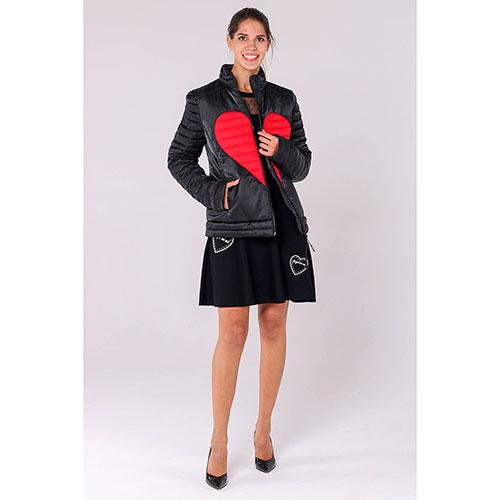 Черная куртка Love Moschino с красными вставками в виде сердца, фото