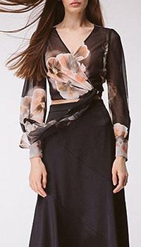 Блуза на запах Shako чёрная в цветы, фото
