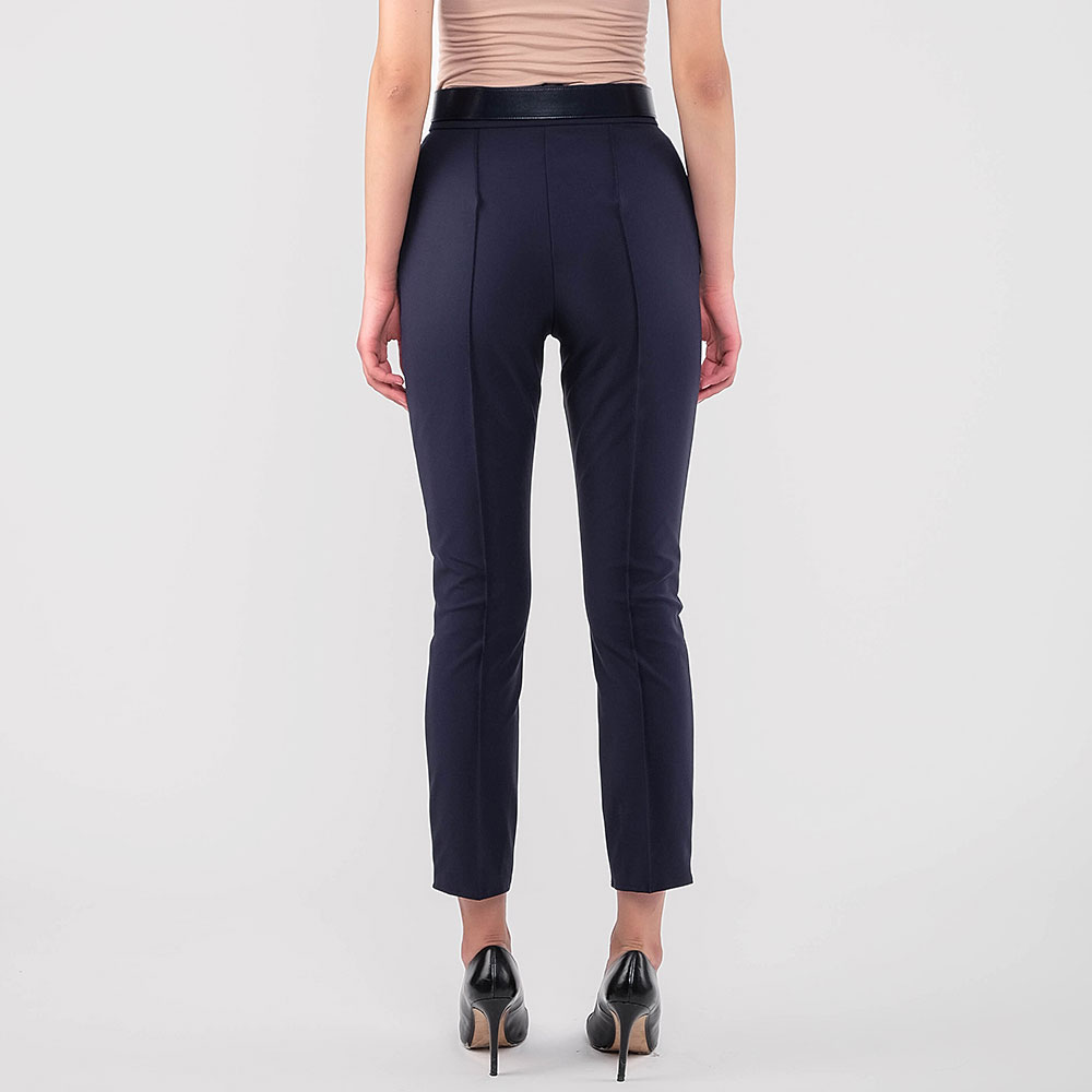 Укороченые брюки Elisabetta Franchi синего цвета