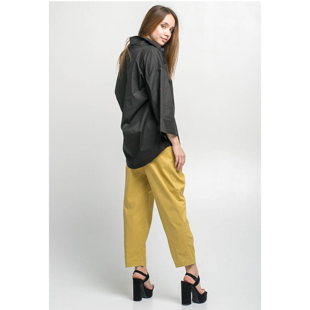 Укороченные брюки Kaos желтого цвета с защипами