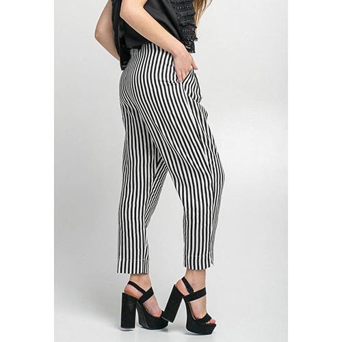 Полосатые брюки Kaos с защипами, фото