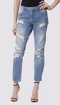 Рваные джинсы Silvian Heach светло-голубого цвета, фото