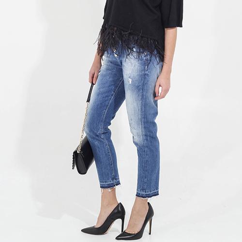 Укороченные джинсы Guess с потертостями, фото