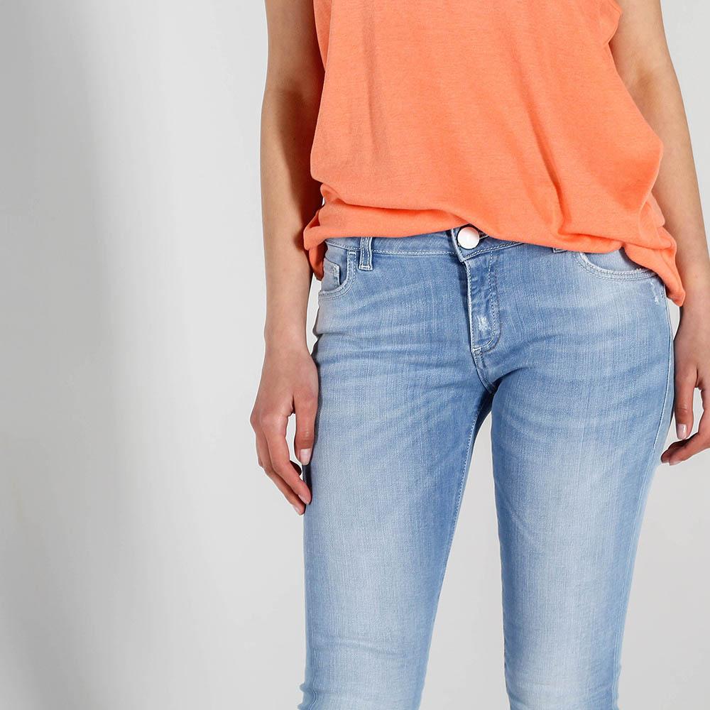 Голубые узкие джинсы Trussardi Jeans с потертостями