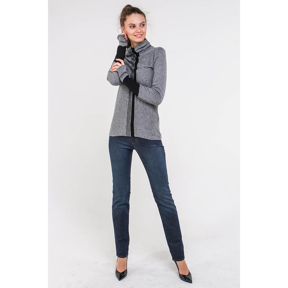 Синие джинсы Love Moschino с вышивкой сзади