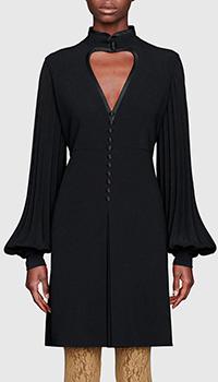 Платье Gucci Cruise 2020 с вырезом в виде сердца, фото