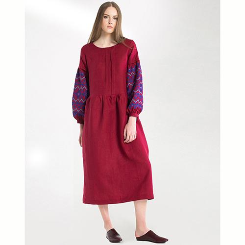 Бордовое платье Etnodim с вышивкой на рукавах, фото
