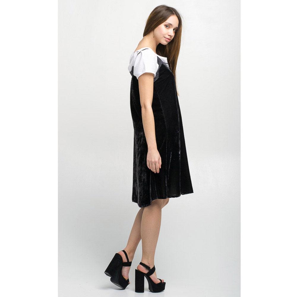 Бархатное платье на бретелях Tensione in черного цвета с кружевом