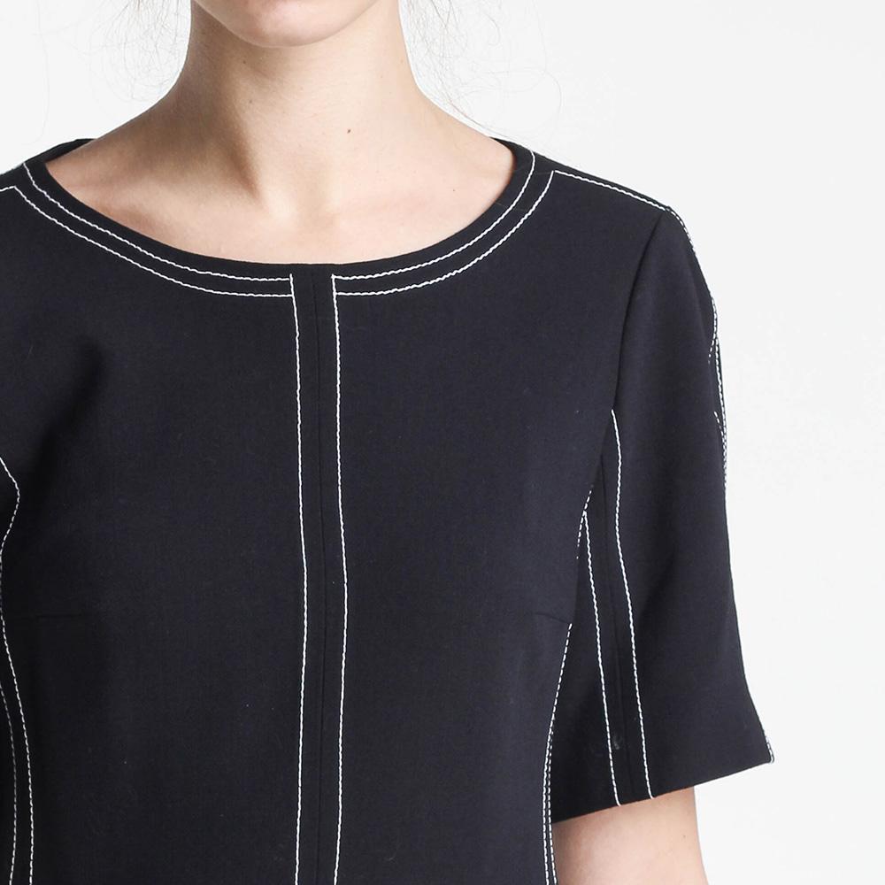 Черное платье Shako с коротким рукавом