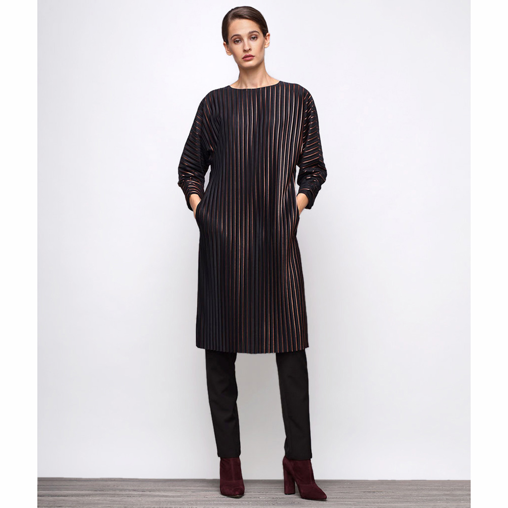 Черное платье Shako свободного кроя с длинным рукавом