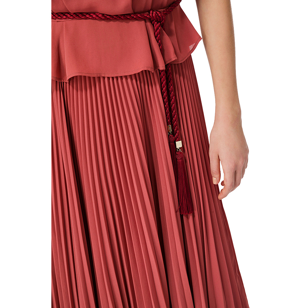 Длинное платье Elisabetta Franchi с поясом