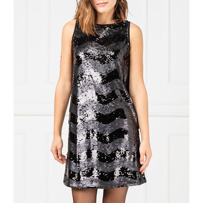 Черное платье Emporio Armani с пайетками