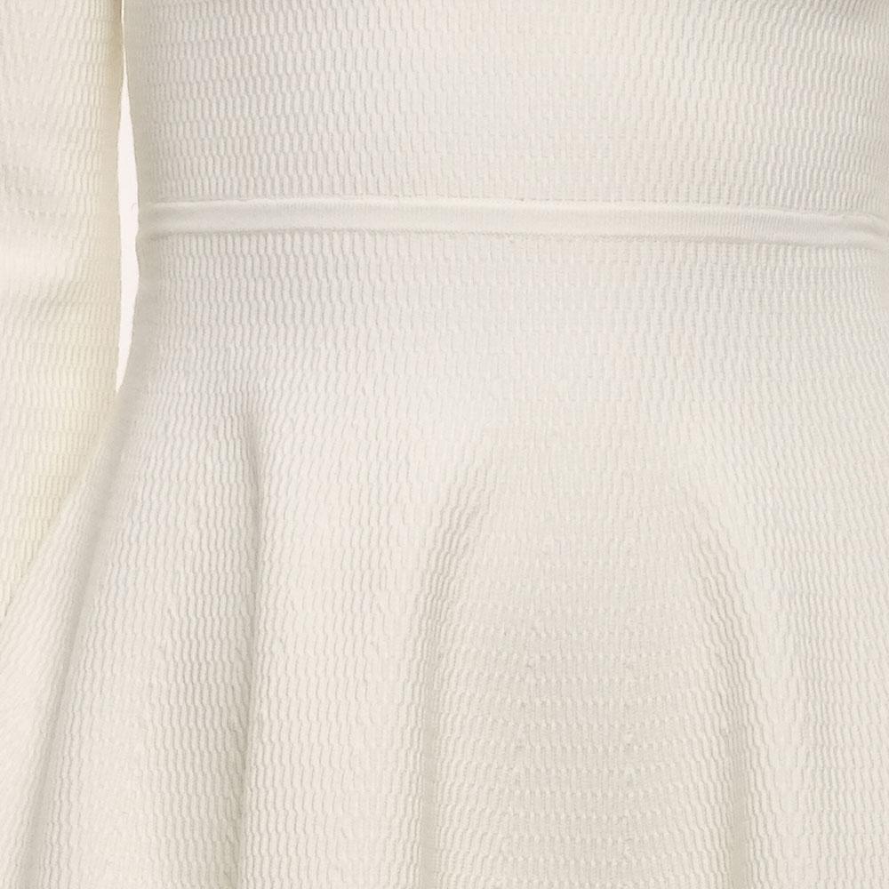 Белое платье Emporio Armani с фактурным узором