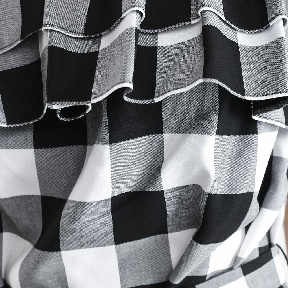 Платье Love Moschino с открытыми плечами
