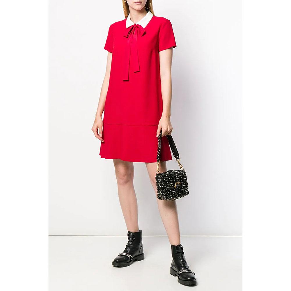 Красное платье Red Valentino с лентами на воротнике