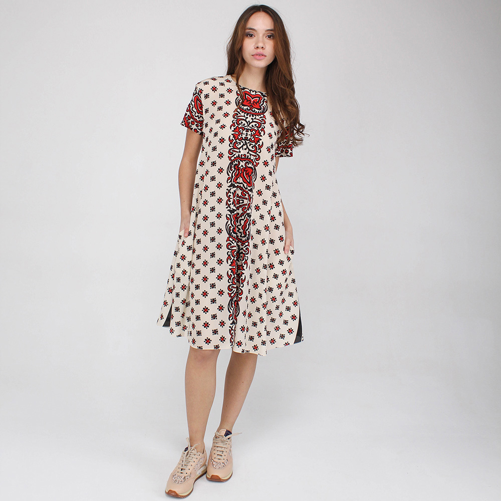 Шелковое платье Red Valentino бежевого цвета с яркими узорами