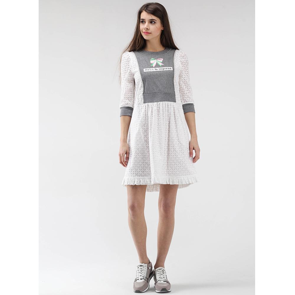 Белое платье-беби долл Love Moschino с серыми вставками