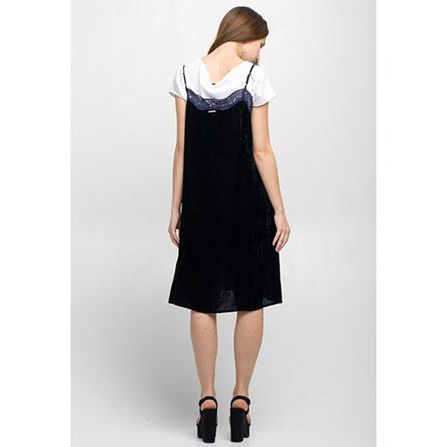 Бархатное платье на бретелях Tensione in темно-синего цвета с кружевом, фото