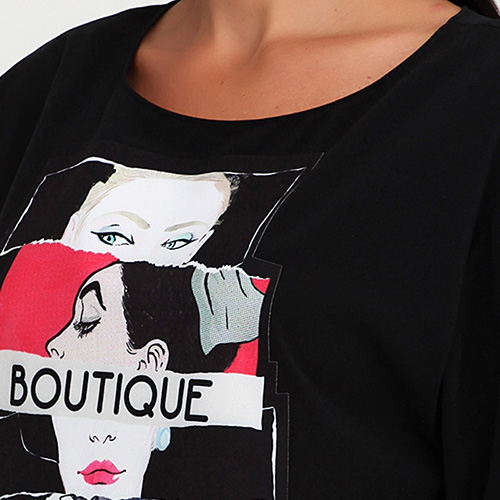 Черное платье-футболка Boutique Moschino с принтом, фото