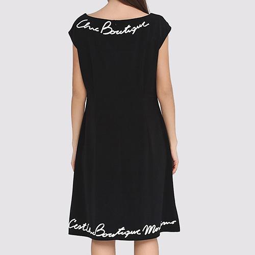Черное платье Boutique Moschino с белым лого, фото