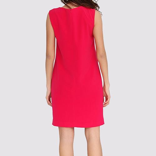 Малиновое платье Boutique Moschino с декором-пуговицами, фото