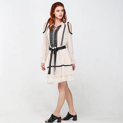 Бежевое платье Blugirl Blumarine с длинными рукавами, фото