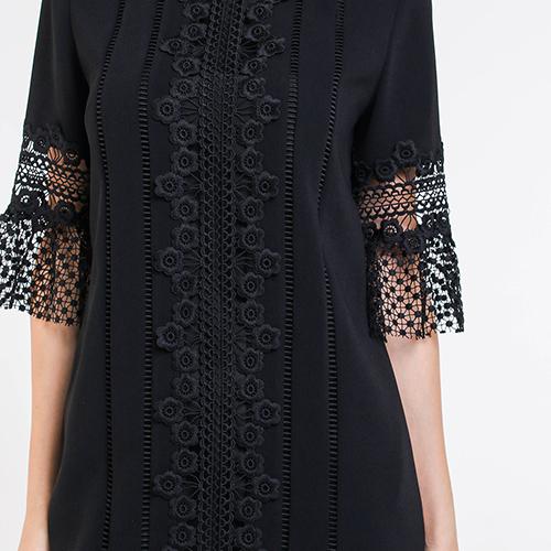 Черное платье Blugirl прямого кроя с кружевом, фото