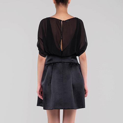 Черное платье Emporio Armani с пышной юбкой, фото