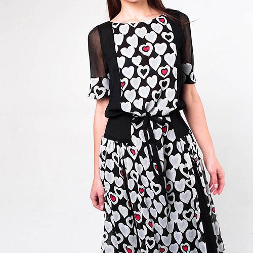 Легкое платье Emporio Armani с принтом-сердцами, фото
