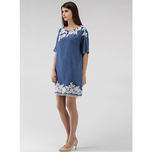 Джинсовое платье Ermanno Scervino с кружевными вставками, фото