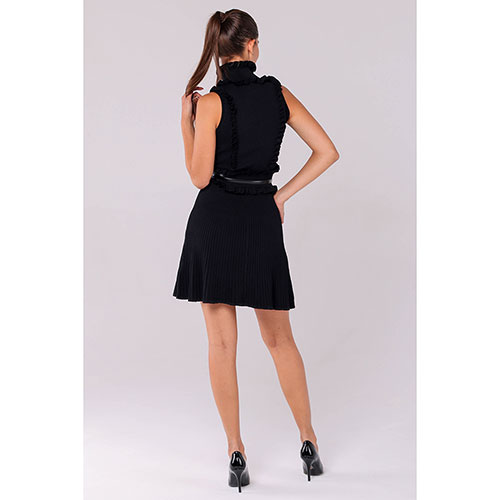 Черное трикотажное платье Elisabetta Franchi с поясом, фото
