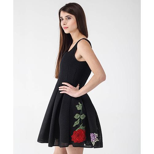 Платье-беби долл Philipp Plein черное с цветочной вышивкой, фото