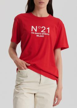 Красная футболка N21 с белым принтом, фото