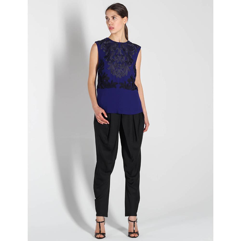 Синий топ Stella McCartney с черной вышивкой