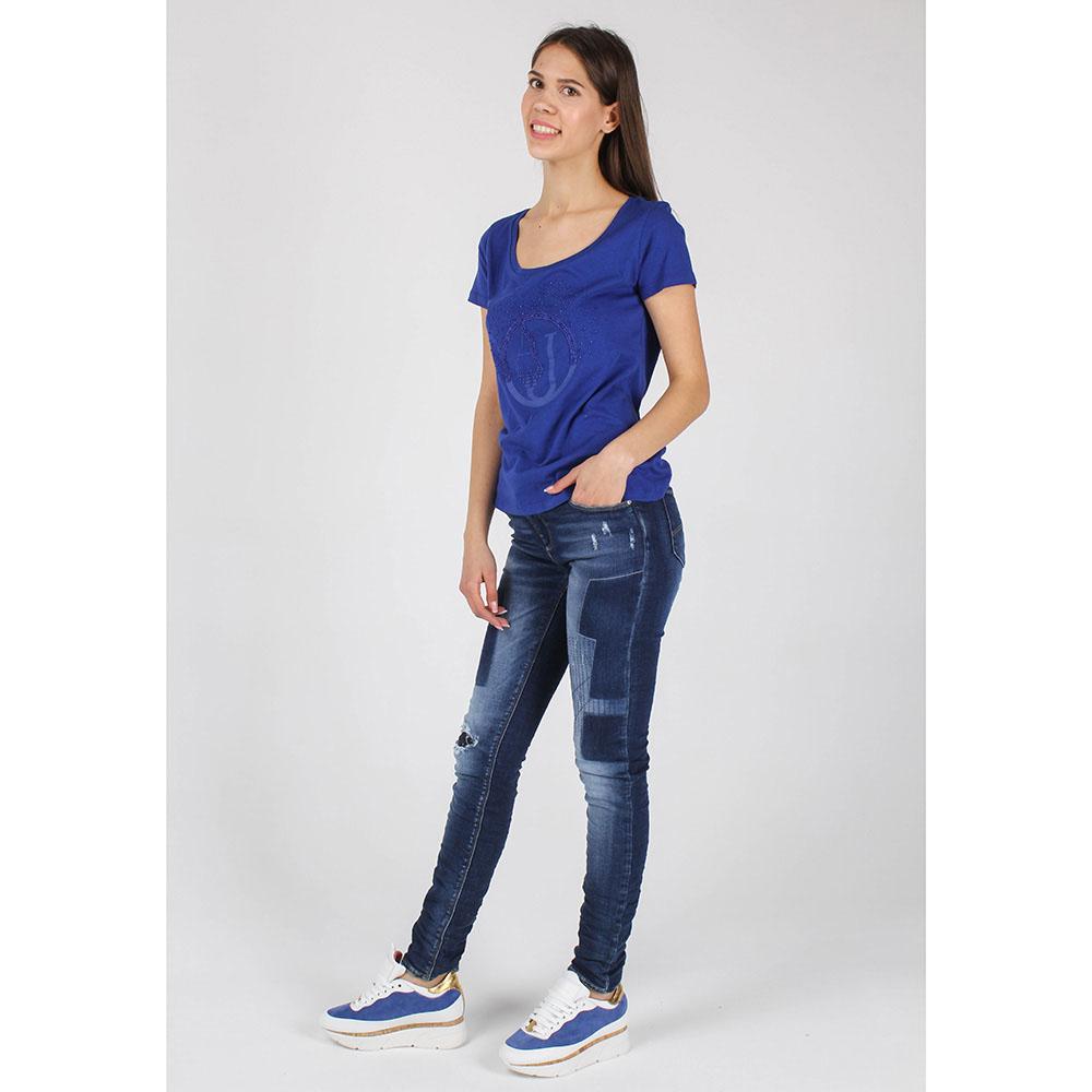Синяя футболка Armani Jeans с брендовой вышивкой бисером