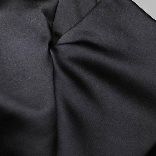 Черный топ Alexander McQueen с атласным блеском, фото